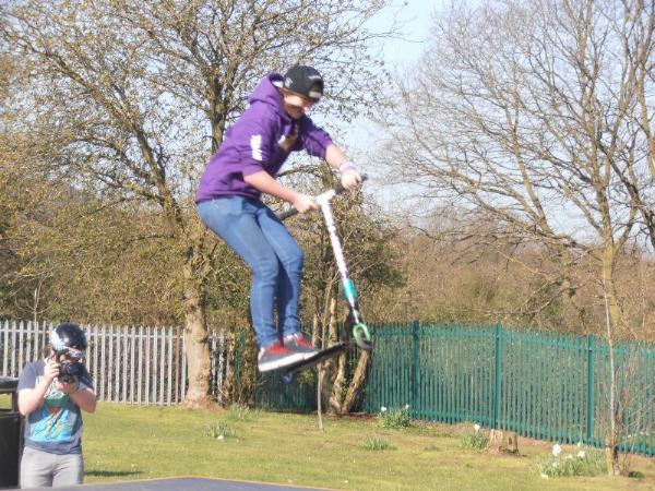Another Skatehut Team member getting lots of Air