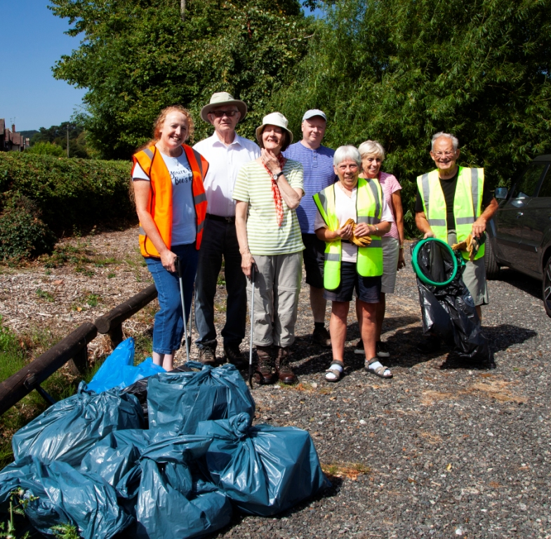 Friends of Romsley Clean Up